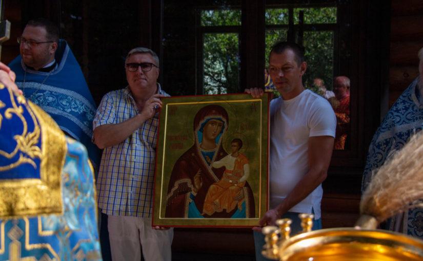Престольный праздник храма Смоленской иконы Божией Матери («Одигитрия») в посёлке Морское