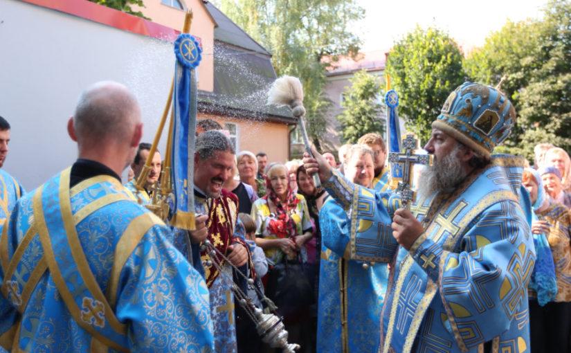 Интервью: Архиепископ Калининградский и Балтийский Серафим: «Глаза страшатся, а руки делают»